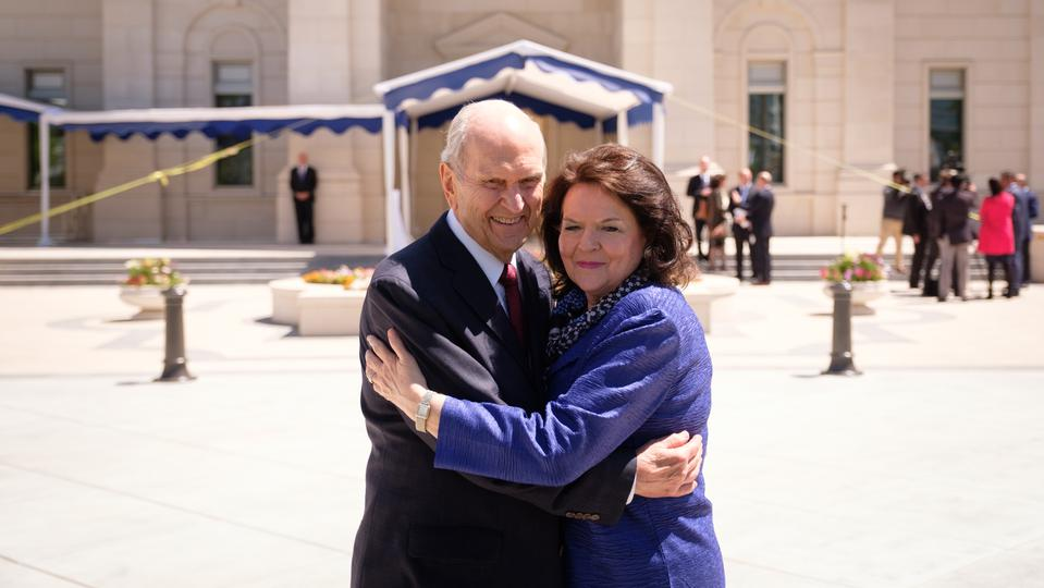 Chile---Pres-Sister-Nelson